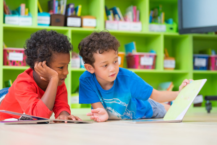 Strategies for learning help two boys to read
